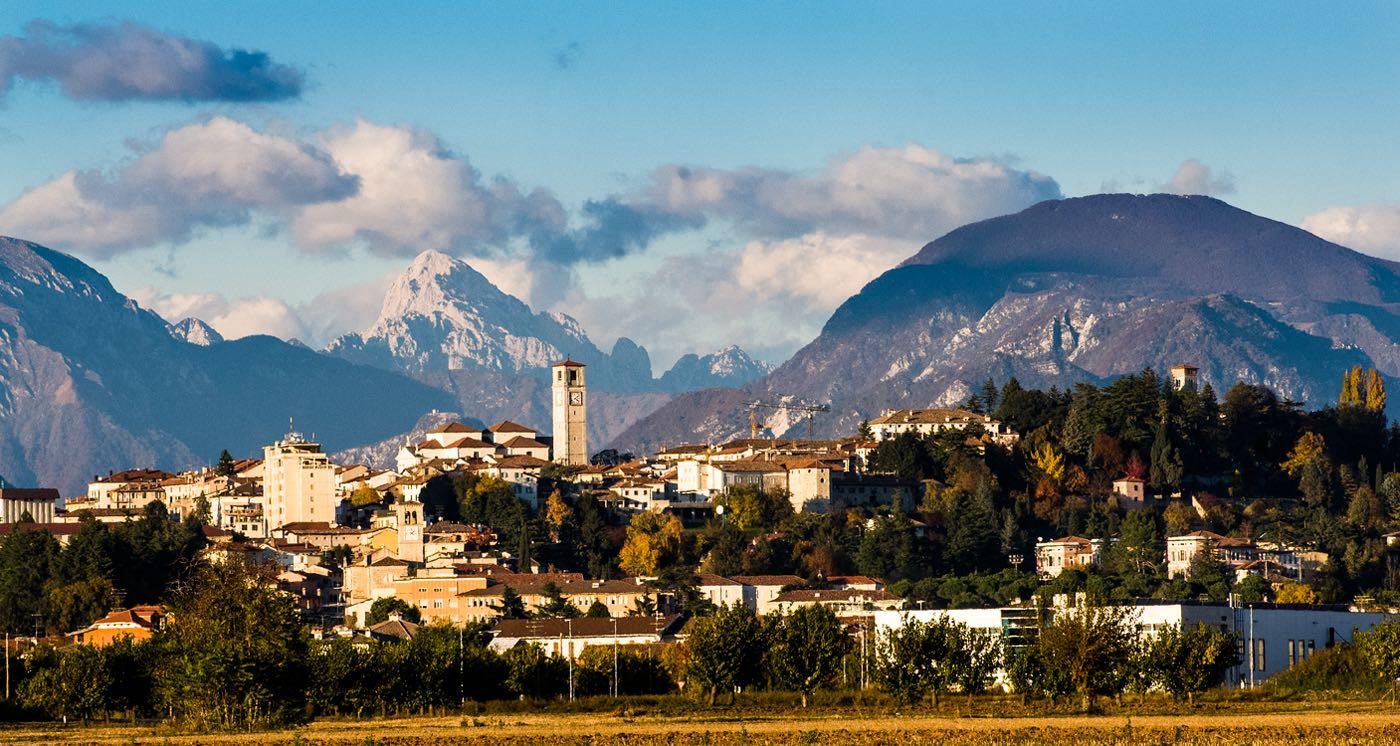 San daniele del friuli associazione guide turistiche del for Piazza del friuli