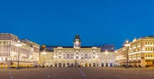 Trieste-piazza unita notte1