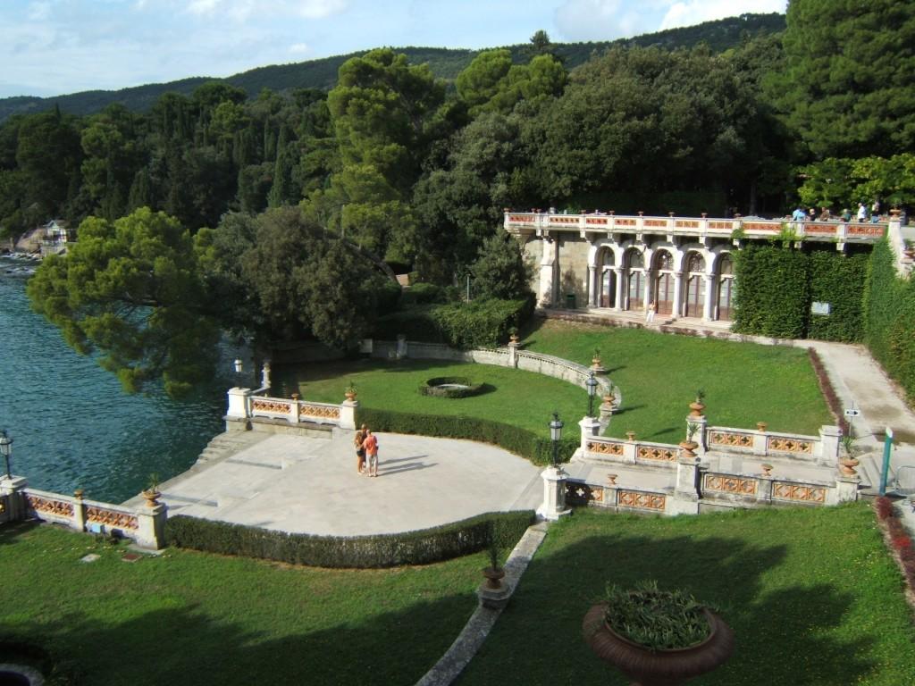 castello-miramare-darsena